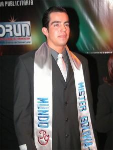 2003 Alejandro Suarez Mr_ Bolivia Mundo copia