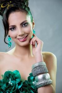 Julia Mendez (26)
